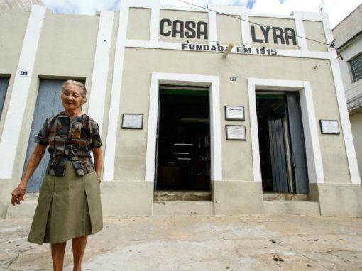 Dona Alila, um armarinho centenário e três histórias de amor no Sertão