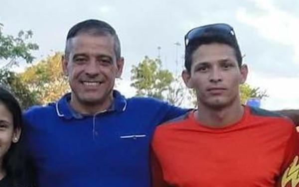 Aos 19 anos, rapaz conhece o pai e o salva de vício no crack