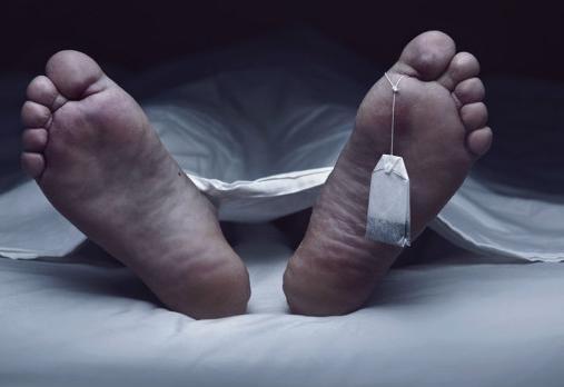 Legista percebe corpo roncando após homem ser dado como morto por três médicos
